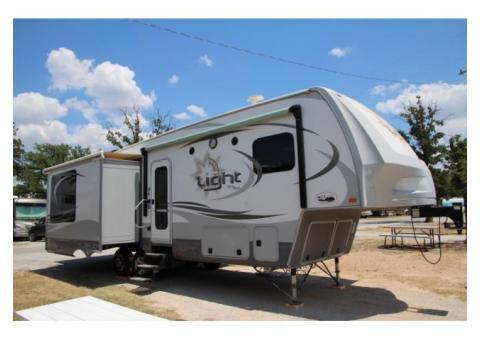 2014 Open Range Light 318RLS